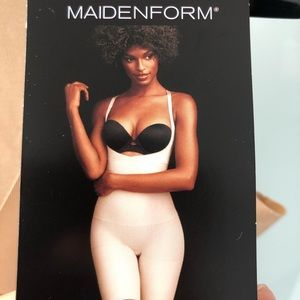 NEW Maidenform Firm Control Shapewear